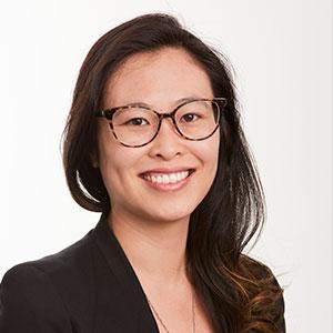 Dr Roslyn Lui